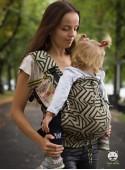 Nosidełko regulowane Multi Size: Maze złote - 100% bawełna, splot żakardkowy